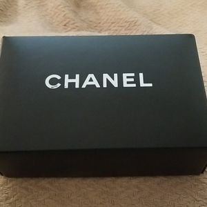 Chanel Shoe Box on good shape-Decor